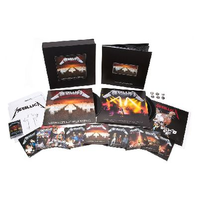 MASTER OF PUPPETS (DELUXE BOX SET)